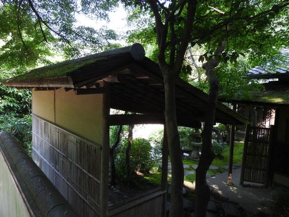 佛日庵佛の茶室