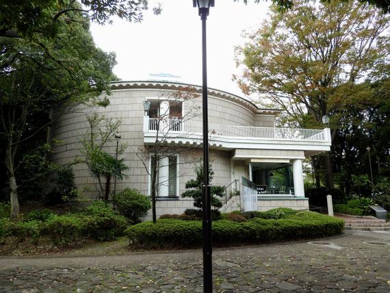 神奈川近代文学館 10月