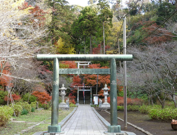 半僧坊への入り口の鳥居