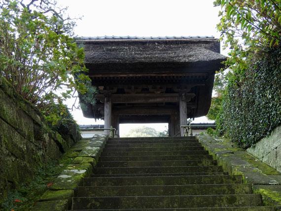 長寿禅寺の山門