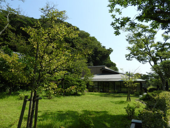 9月の喜多川映画記念館の中庭