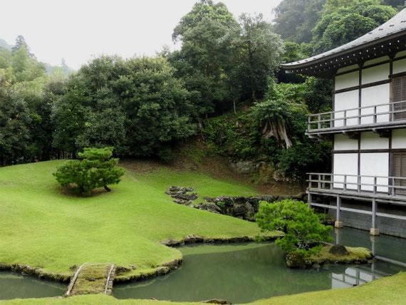 得月楼と方丈庭園