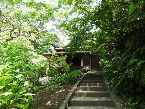 月華殿(げっかでん)江戸時代慶長8年(1603年)建築