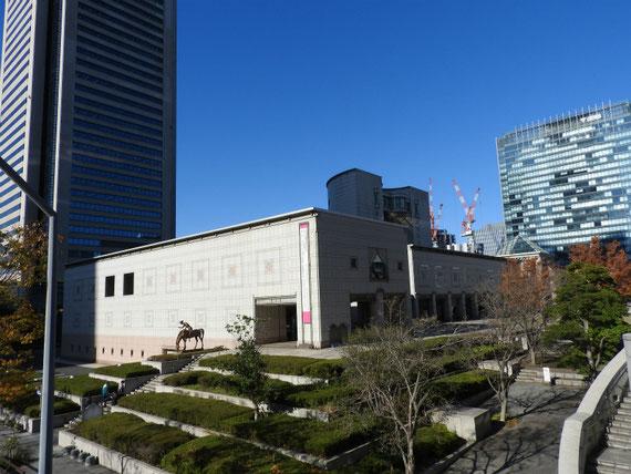 MM21から見る美術館