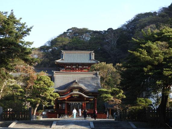 鶴岡八幡宮、舞殿
