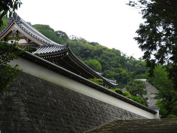 松嶺院への参道の石段