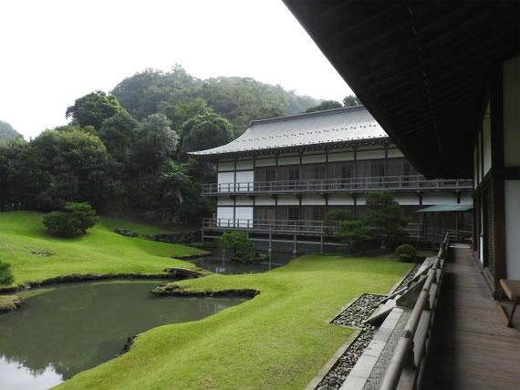 建長寺 龍王殿・方丈庭園、 得月楼と方丈の回廊
