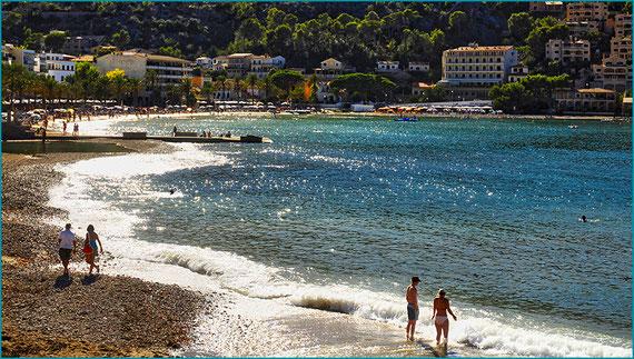 Praia d'en Repic - familiar - praia para crianças - Restaurantes - Hotéis - Tranvia -Soller