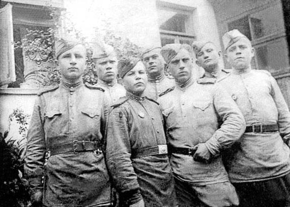 Бійці 167 дивізії
