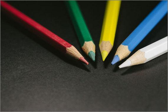 5本の色鉛筆