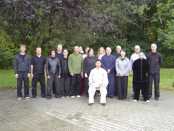Ein Teil der Seminargruppe von Chen Bings erstem Deutschlandbesuch im Oktober 2012 an unserer Schule