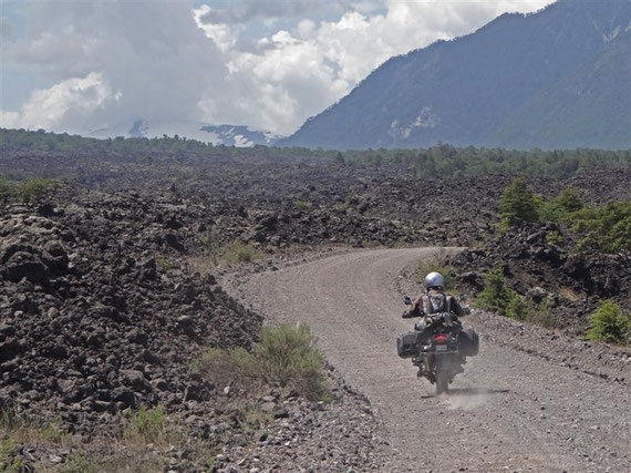 Das erste Lavafeld am Vulkan Llaima