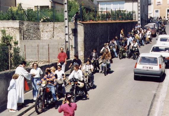 Bénédiction des véhicules, rue des Potiers, en 1995