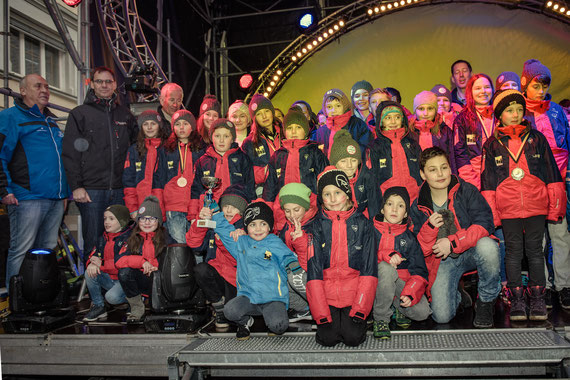 WSV Nofels Kader am 17.3.2018 - Preisverteilung Großfeldkircher-Schüler MS - Ö3 Disco