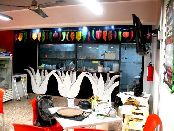 Restaurante. Gallo Catarino. DF 2011