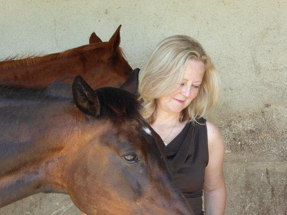 Ulrike Dietmann Pferdetherapie innere Ruhe Kraft Spirituelle Pferdebotschaften