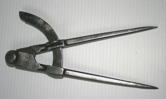 Petit compas du XIXe siècle