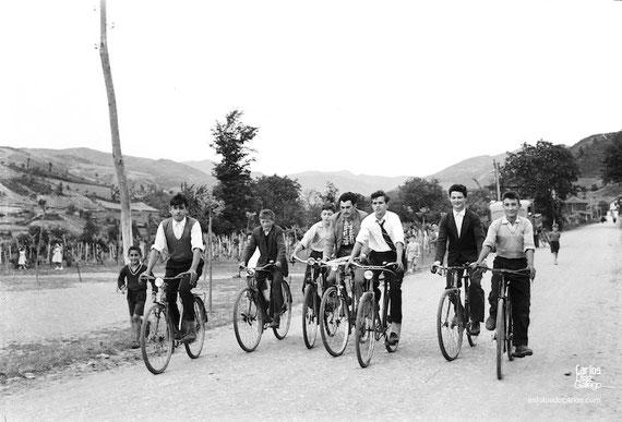 1958-A-Ribeira-bicicletas-Carlos-Diaz-Gallego-asfotosdocarlos.com