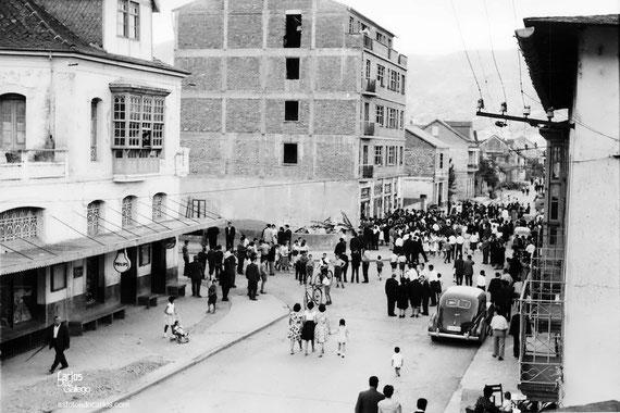 1960-Quiroga-Cine-inauguracion-calle-Carlos-Diaz-Gallego-asfotosdocarlos.com