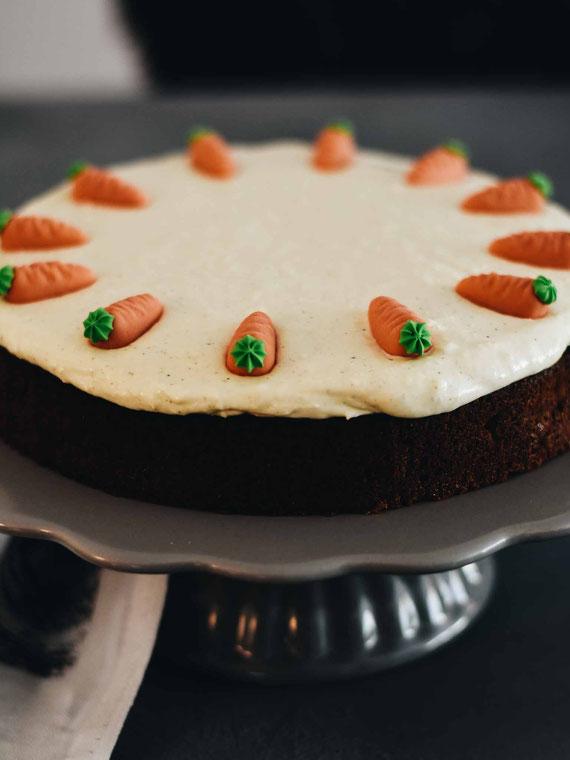 SAFTIGER CARROT CAKE WIE BEI STARBUCKS