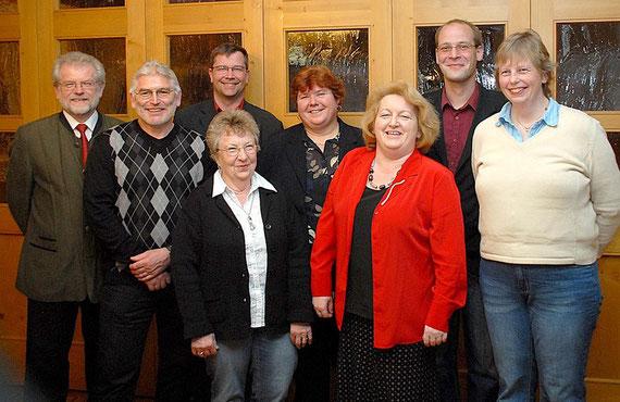 von links: Gottfried Traber, Günther Ziegler, Maria Steinberger, Wolfgang Petri, Rosi Holler, Gaby Hofstetter, Dirk Schierborr, Andrea Stein, Foto: Weingartner