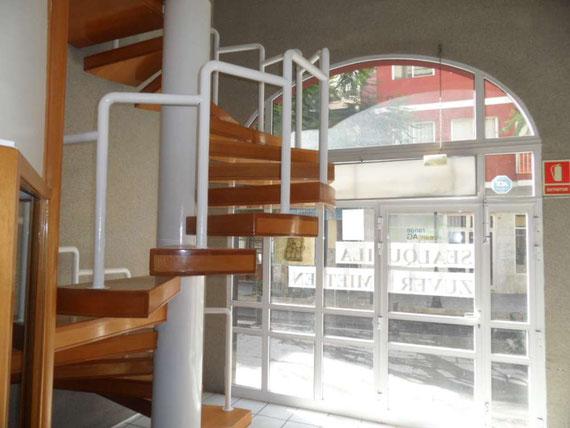 Wendeltreppe nach oben