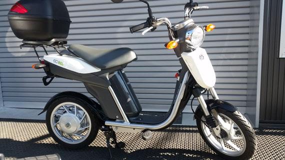 ヤマハ EC-03 電動バイク