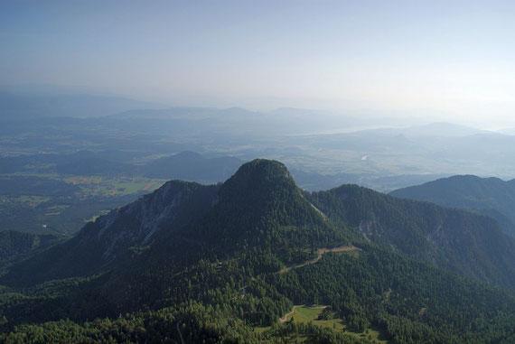Der Blick über den Ferlacher Spitz ins Klagenfurter Becken