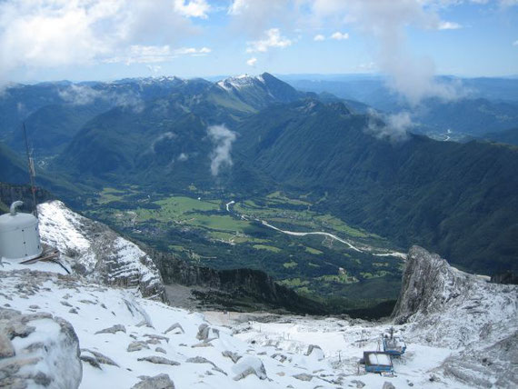 Tief unten im Soca- Tal liegt Bovec