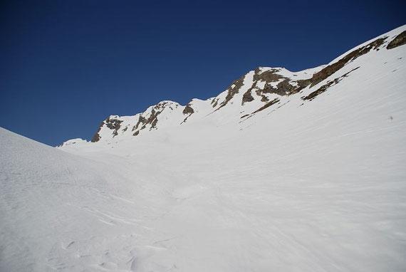 Der Sandfeldkopf (Mitte rechts)