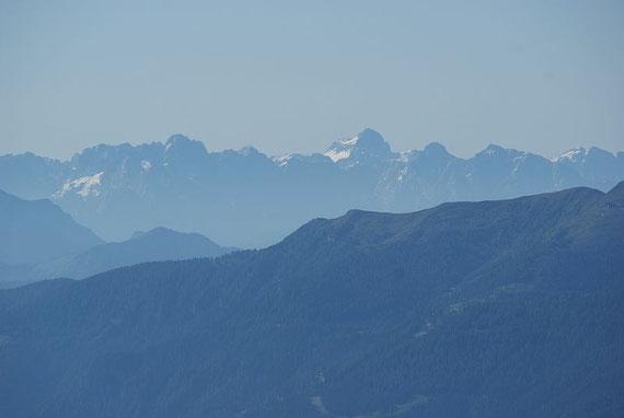 Traumhafte Aussicht nach Südosten (Triglav)...