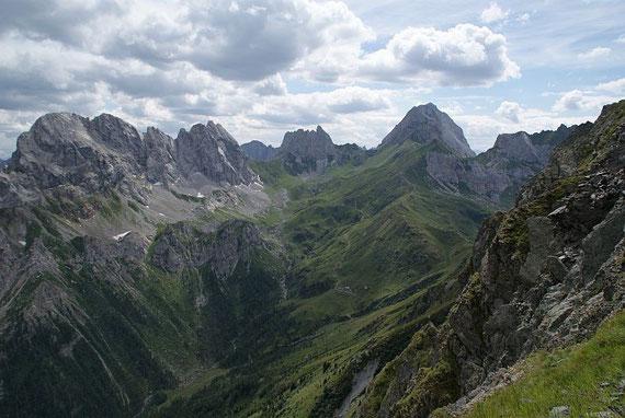 Vom Schönjöchl der Blick zum Monte Peralba (rechts)