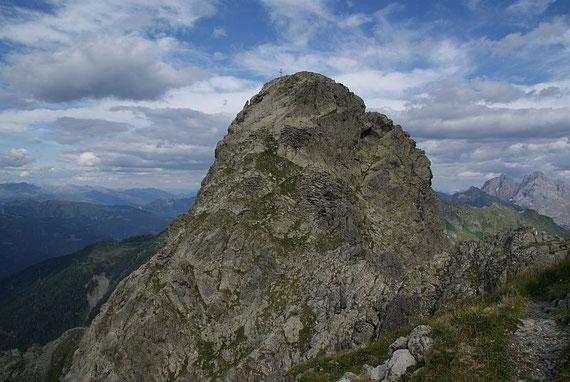 Der lange und steile Abstieg von der Raudenspitze Richtung Öfner Joch