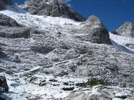 Die Aufstiegsroute unterhalb des M. Golovec