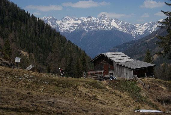 Beim Rückmarsch zum Auto bei den Oberen Gößnitzer Hütten