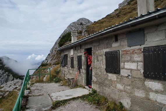Beim Biwak (Ric. Bernadinis), im Hintergrund die Cima Alta