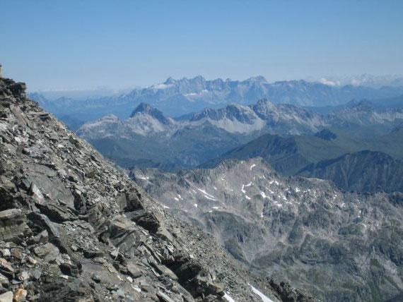 Im Norden scheint der Dachstein (2997m) zum Greifen nahe