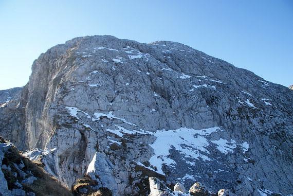 Der Rosskofel, durch diese Felswand führt der Klettersteig Contin