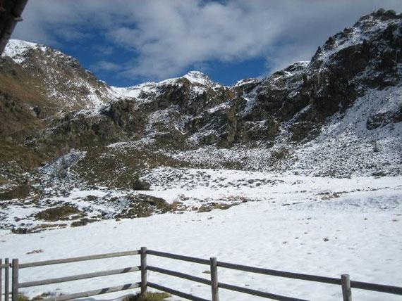 Blick von der Staller Wölla auf das Kreuzeck (2701m)