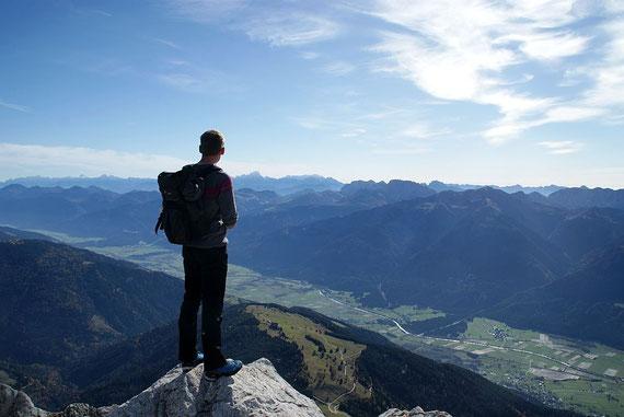 Genussvoller Blick nach Südosten zu den Julischen Alpen