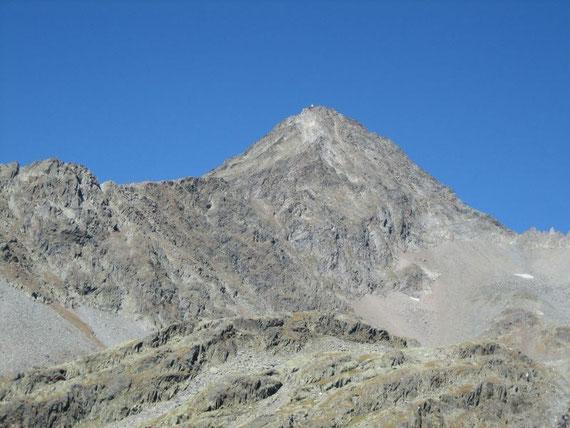 Der Glödis (3206m) aufgenommen am Weg von der Lienzer Hütte zur Gößnitzscharte