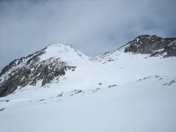 Blick zur Gipfelflanke des Säulecks