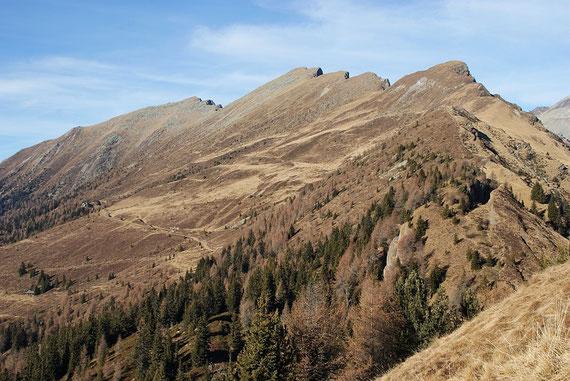 Die weiteren Gipfel der Tour; Böse Nase, Gurglitzen und Hocheck, die Route verläuft fast immer in unmittelbarer Gratnähe