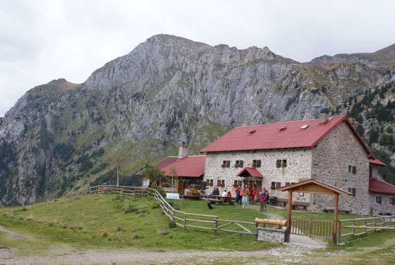 Der Piz Timau aufgenommen vom Ausgangspunkt der Malga Promosio