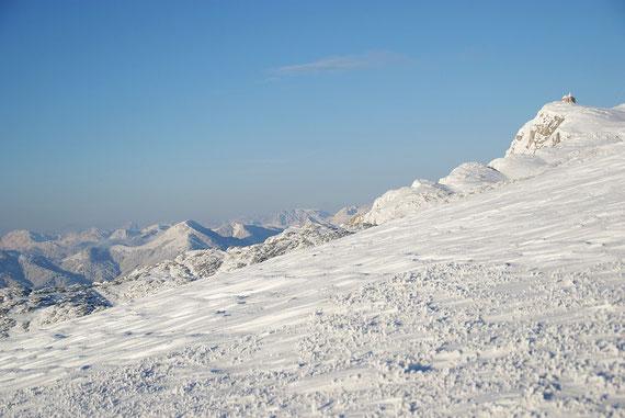 Auch die östlichen Karnischen Alpen präsentieren sich tief winterlich