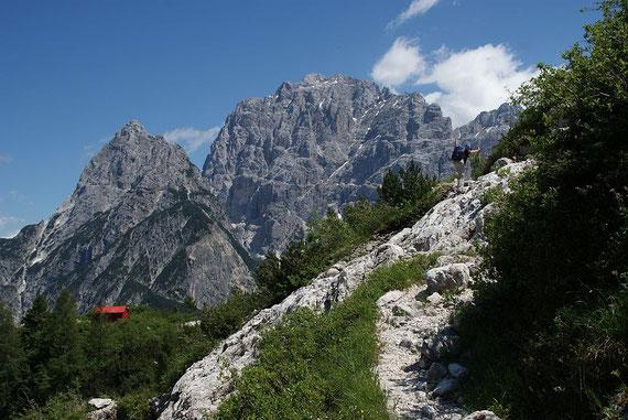 Kurz vorm Biwak, im Hintergrund Grande Nabois (links) und Wischberg