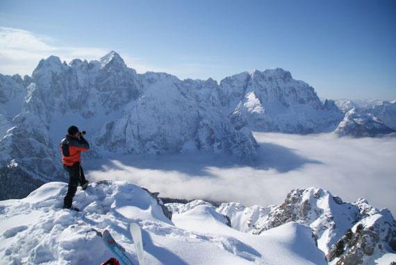 Am Gipfel wird man von Wischberg und Montasch erwartet