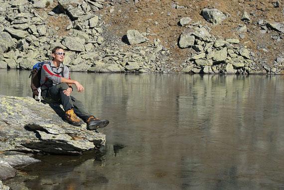 Am Weg Richtung Dachskofel bzw. Scharnik machen wir eine kurze Pause bei einem der zahlreichen kleinen Seen