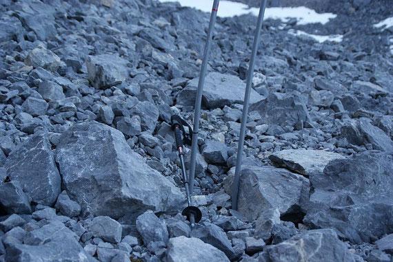 Beim Eispegel im schuttbedeckten Gletscherareal