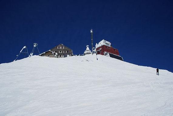 Die letzten Meter hinauf zum Zittelhaus bzw. dem Observatorium